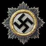 Germany - Third Reich: A fine example of the German Cross in Gold, four rivet construction, horiz...