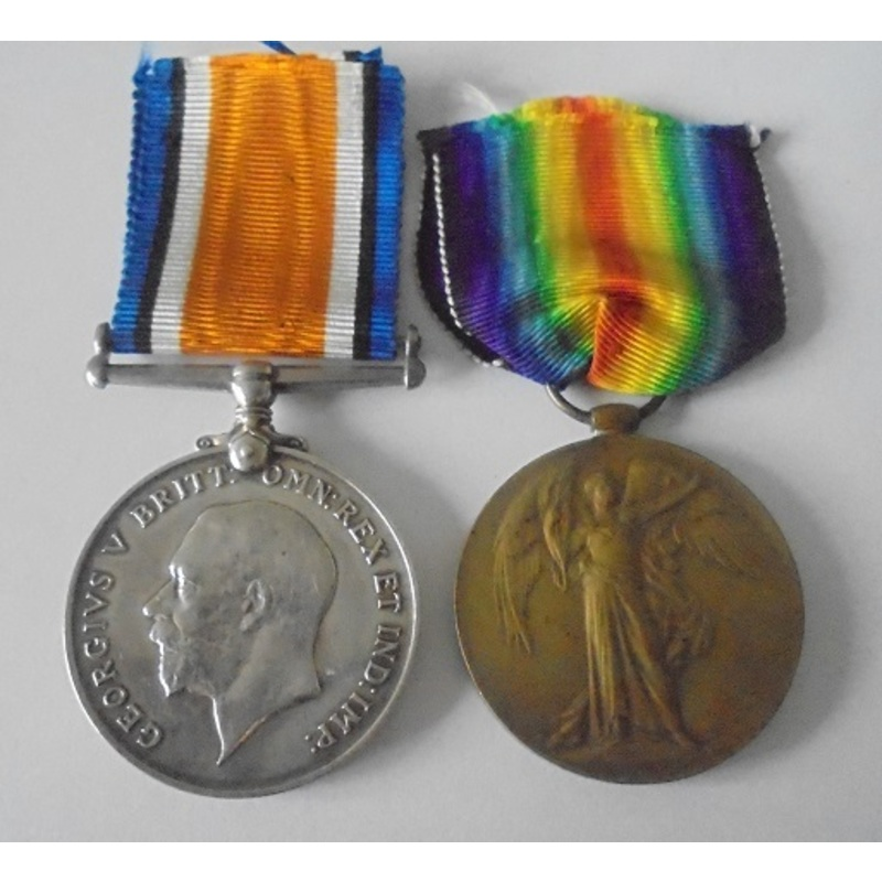 A Great War Pair to Private C. | Wellington Auctions